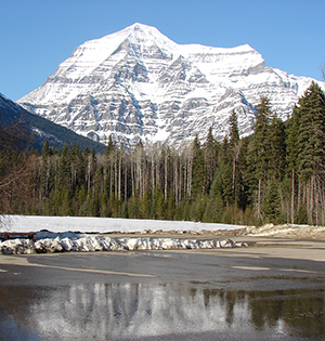 Mount_Robson_SM
